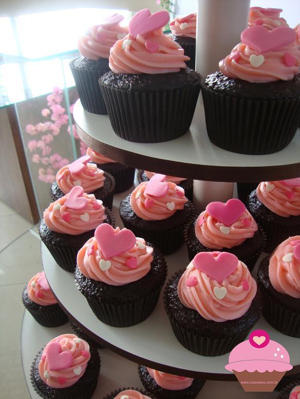 Torres De Cupcakes Com Bolo Cute Cakes Confeitaria